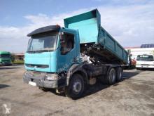 Camion benne Renault Kerax 320.26