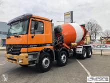 Camion calcestruzzo rotore / Mescolatore Mercedes Actros 3240