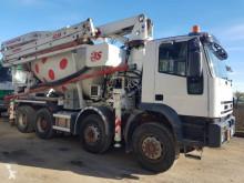 Iveco betonkeverő + pumpa beton teherautó Eurotrakker 440