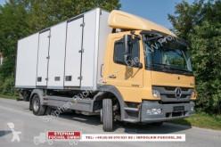 Vrachtwagen Mercedes Atego 1222L Kühlkoffer V 300 260tkm(!) tweedehands koelwagen