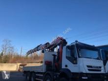 Camión caja abierta teleros Iveco Trakker 450