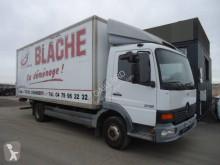 Mercedes költöztetés furgon teherautó