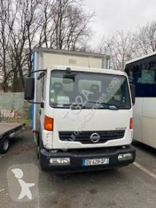 Kamion Nissan Atleon 80.19 auto pro transport drůbeže použitý