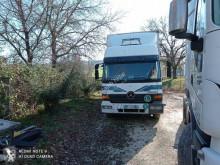 Camion fourgon Mercedes Atego 1228