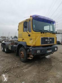 MAN hook arm system truck F2000 33.403