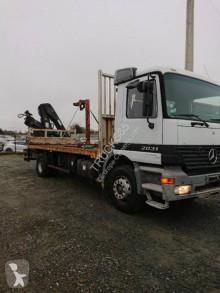 Camion Mercedes Actros 2031 platformă standard second-hand