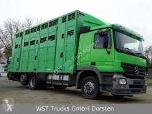Lastbil hästtransport Mercedes Actros 2541 Menke 3 Stock Vollalu