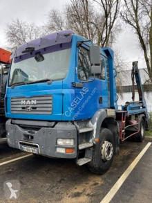 Kamión vozidlo s hákovým nosičom kontajnerov MAN TGA 18.310