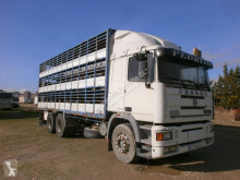 Teherautó Pegaso Troner használt állatszállító pótkocsi