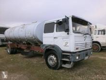 Camion cisternă Renault DG 330