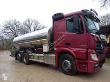 Camión Mercedes Actros 2548 cisterna alimentario usado