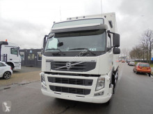 Volvo box truck FM 330