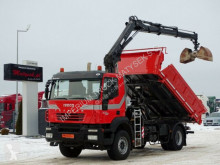 Camion benne Iveco TRAKKER 330 /4X2/ TIPPER + CRANE HIAB 122/RADIO