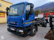 Camion châssis Iveco Eurocargo 150 E 25