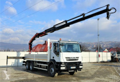 Ciężarówka Iveco Trakker 410 * Pritsche 6,50m + KRAN/FUNK * 6x4 platforma używana
