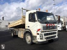 Camión volquete volquete trilateral Volvo FM 260