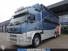 Camion Volvo FM 410 bétaillère bovins occasion