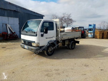Camion Nissan Cabstar E 120 benne occasion
