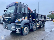 Camion MAN TGS 35.400 benă accidentat