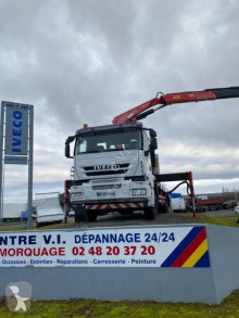 Camion porte engins Iveco Trakker 260 T 36