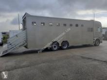 Lastbil Scania R 500 hästtransport begagnad