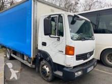 Lastbil Nissan Atleon 80.19 skjutbara ridåer (flexibla skjutbara sidoväggar) begagnad