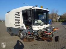 Camion balayeuse Ravo 540cd 540cd
