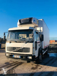 Volvo mono temperature refrigerated truck FL 180