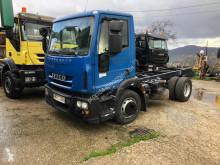 Camion châssis Iveco Eurocargo 140 E 25
