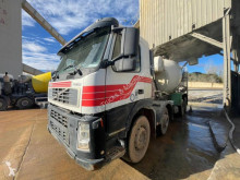 Камион бетоновоз Volvo FM12 380