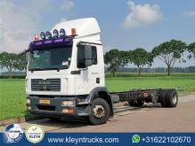Camião chassis MAN TGM 15.240