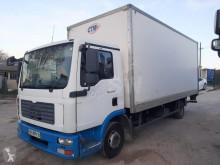 Camión MAN TGL 8.210 furgón usado