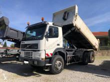 Camión volquete Volvo FM12 380
