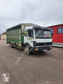 Camión remolque ganadero para ganado bovino Mercedes 1224L