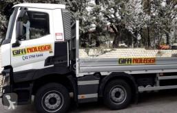 Camion transport utilaje Renault