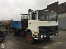 Vrachtwagen kipper Renault DG 230