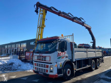 Volvo flatbed truck FM 400