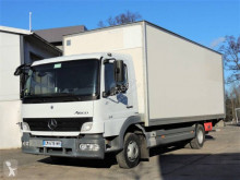 Camion isotermico Mercedes Atego 818