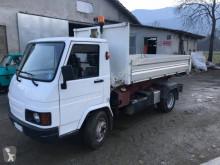 Camion polybenne Effedi