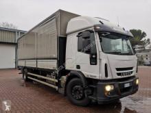 Iveco ponyvával felszerelt plató teherautó Eurocargo 180 E 28