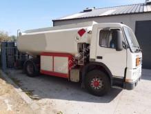 Camion citerne hydrocarbures Volvo FM7 250
