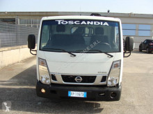 Camion cassone Nissan NT 400