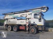 Camion calcestruzzo pompa per calcestruzzo Iveco Eurotrakker 380E37