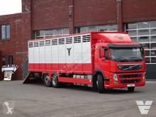 Camion bétaillère bovins Volvo FM 370