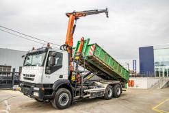 Iveco hook lift truck Trakker 410