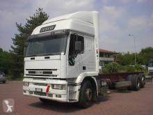 Camión Iveco Eurotech 260E31 chasis usado