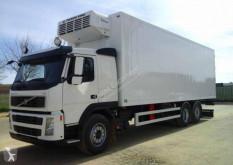 Camion frigorific(a) Volvo