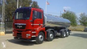 Camión MAN cisterna usado