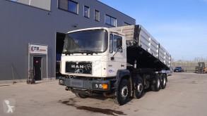 Vrachtwagen kipper MAN 32.343 (FULL STEEL / MANUAL PUMP / BIG AXLE)