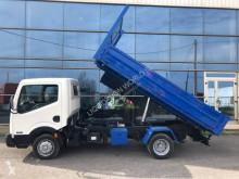Camion Nissan Cabstar dump tipper truck benne occasion